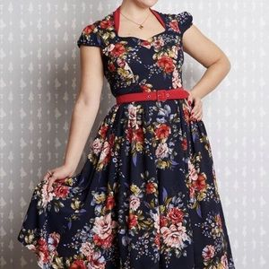 Miss Candyfloss Chelina-Lee Blue Crepe Floral 2XL